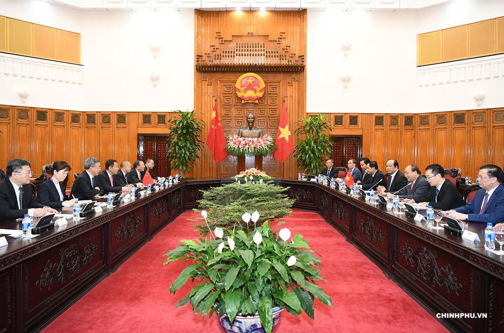 Thủ tướng Nguyễn Xuân Phúc tiếp Phó Thủ tướng Trung Quốc - ảnh 2