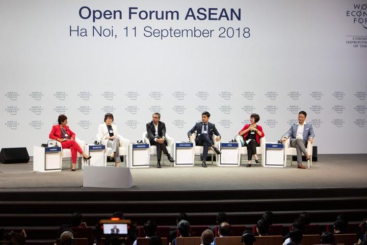 Diễn đàn mở về ASEAN 4.0 được tổ chức sáng 11/9. Ảnh: WEF
