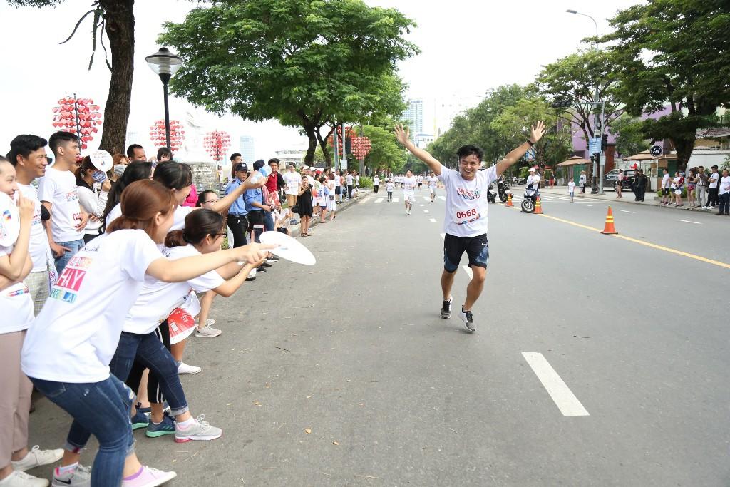 """Giải chạy """"Cộng đồng chạy vì tương lai - SeABank Run For The Future"""" tại thành phố Đà Nẵng"""