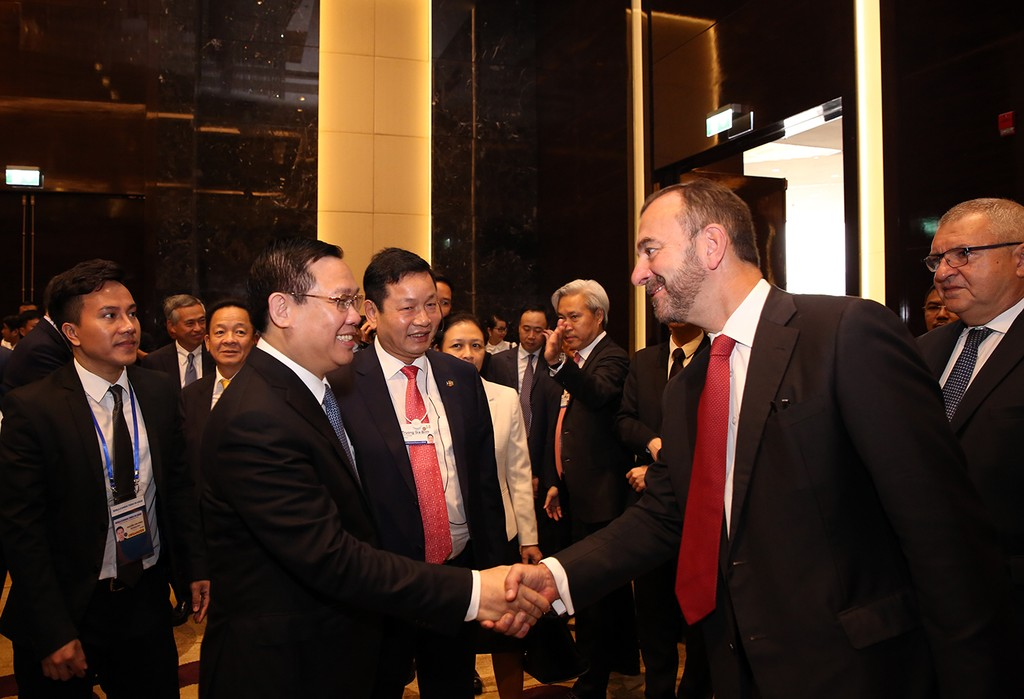Việt Nam muốn đẩy nhanh việc xây dựng nền kinh tế số - ảnh 3