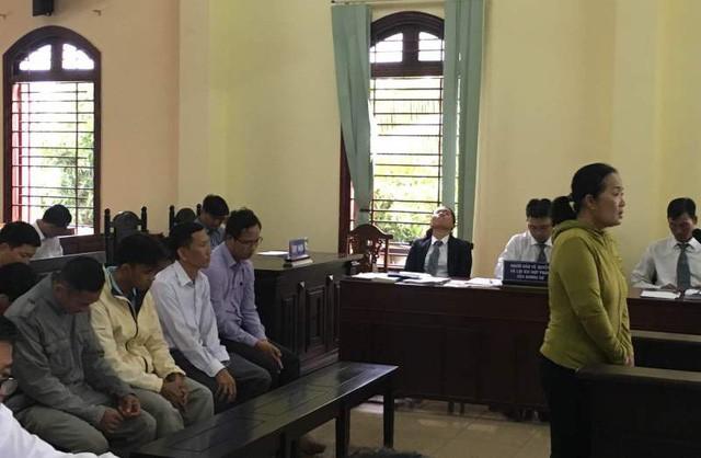 Quang cảnh phiên xét xử sơ thẩm đối với các bị cáo liên quan đến công ty An Khang, sáng nay 17/9