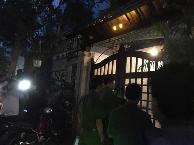 Công an khám nhà nguyên Chánh Văn phòng Thành uỷ Đà Nẵng - ảnh 3