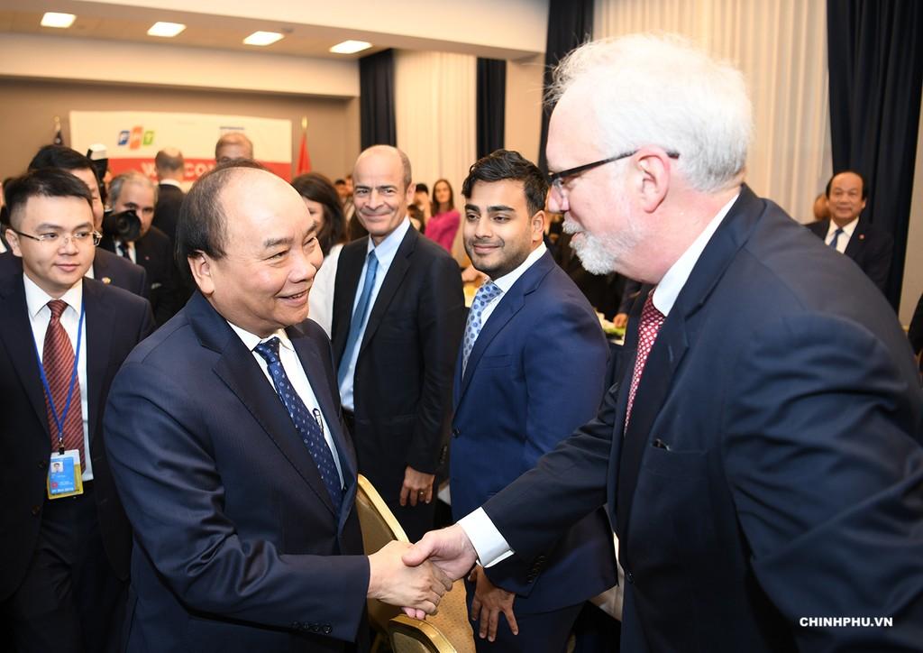 Thủ tướng tới dự buổi tọa đàm với các tập đoàn Hoa Kỳ. Ảnh: VGP