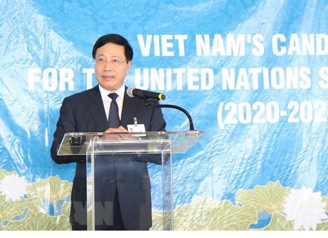 Phó Thủ tướng, Bộ trưởng Ngoại giao Phạm Bình Minh phát biểu tại cuộc vận động các nước ủng hộ Việt Nam ứng cử làm Ủy viên không thường trực Hội đồng Bảo an LHQ. Ảnh: TTXVN