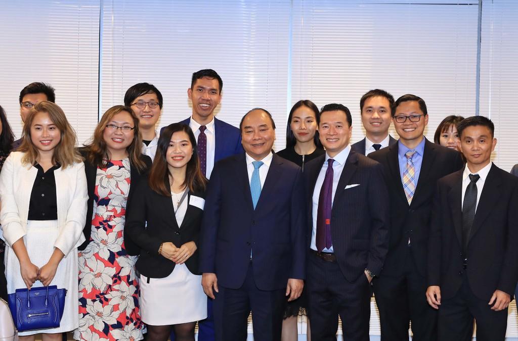 Thủ tướng gặp kiều bào và các bạn Mỹ của Việt Nam - ảnh 1