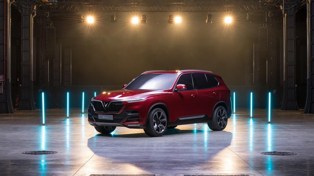 Với việc ra mắt hai chiếc xe mới - một chiếc SUV và một Sedan - tại Paris Motor Show 2018, VinFast sẽ chính thức bước vào thị trường xe hơi và giới thiệu bản thân với thế giới