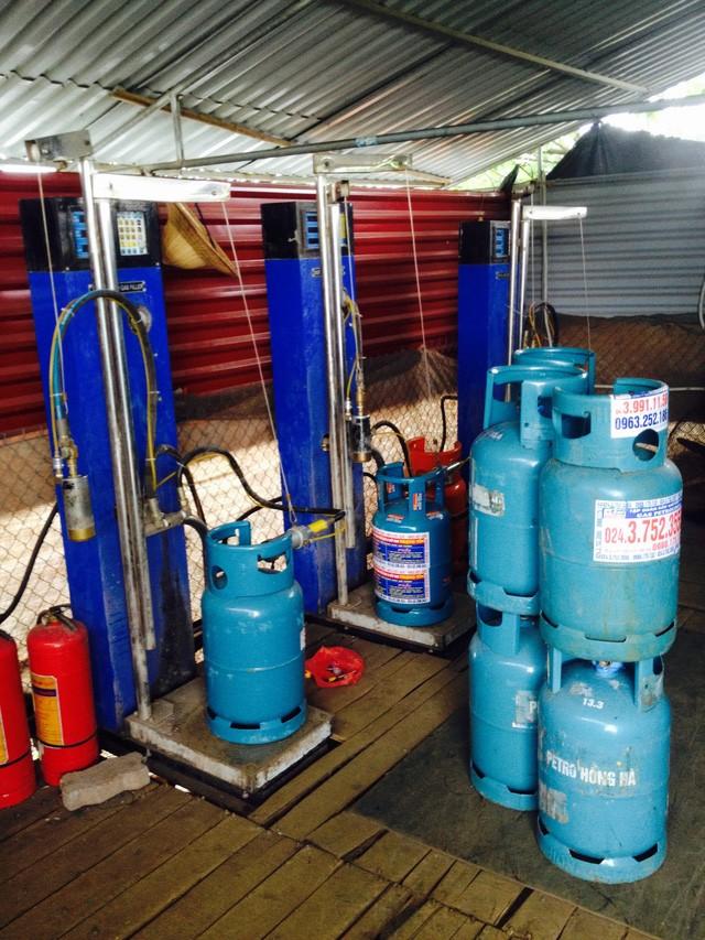 Hải Dương: Triệt xóa xưởng sang chiết gas trái phép có camera giám sát - ảnh 5