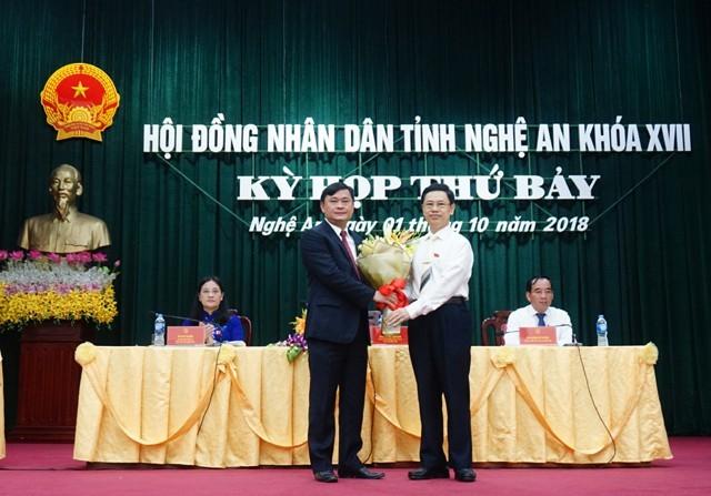 Nghệ An bầu tân Chủ tịch UBND tỉnh 42 tuổi - ảnh 1