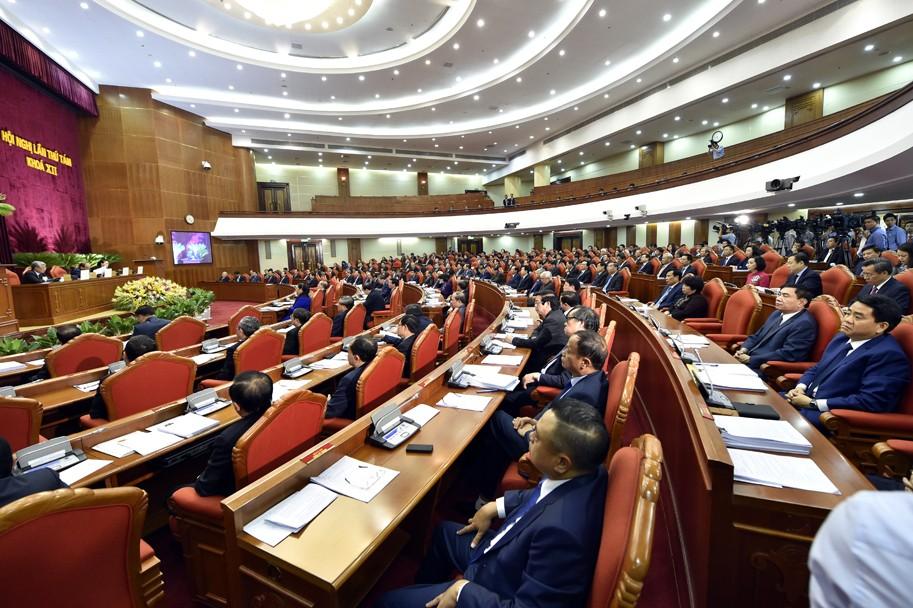 Các đại biểu dự Hội nghị Trung ương 8 - Ảnh: VGP