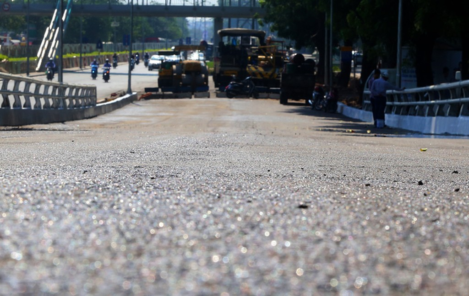 Cầu vượt hơn 300 tỷ đồng ở Hà Nội sắp thông xe - ảnh 4