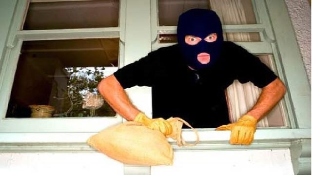 """Ở chung cư, vẫn lo ngay ngáy kẻ trộm, kẻ cướp """"ghé thăm"""" (Ảnh minh họa)"""