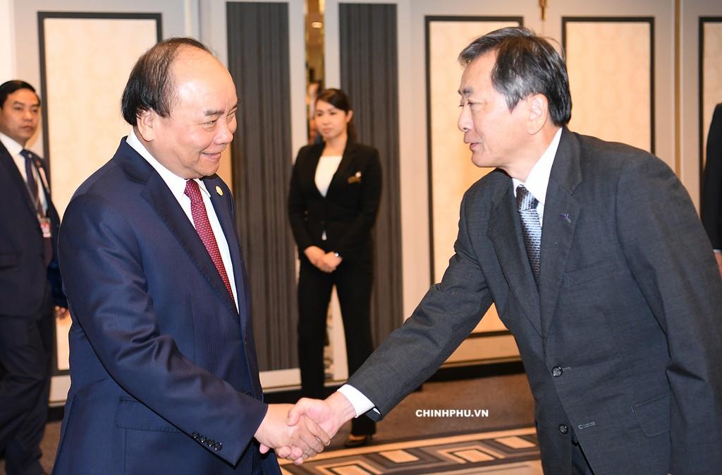 Thủ tướng tiếp lãnh đạo Tập đoàn ANA Shinobe Osamu. Ảnh: VGP