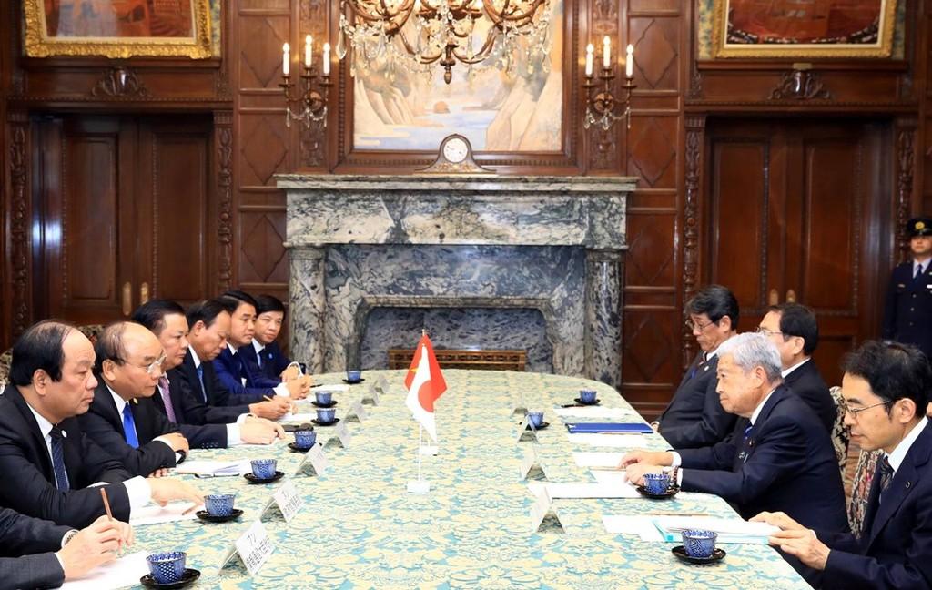 Thủ tướng hội kiến Chủ tịch Hạ viện và Thượng viện Nhật Bản - ảnh 2