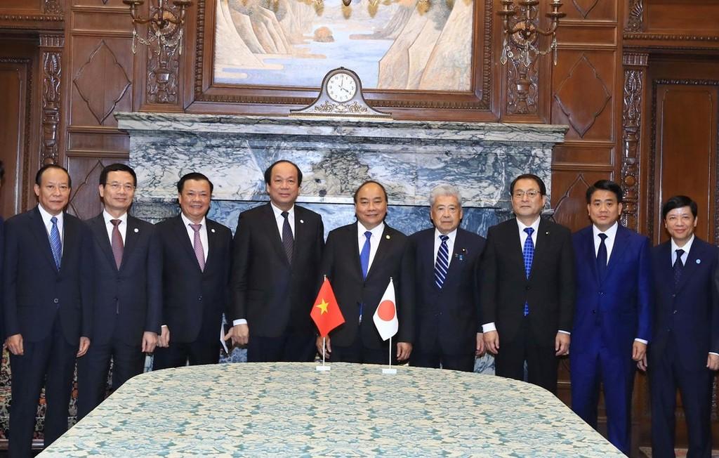 Thủ tướng hội kiến Chủ tịch Hạ viện và Thượng viện Nhật Bản - ảnh 3