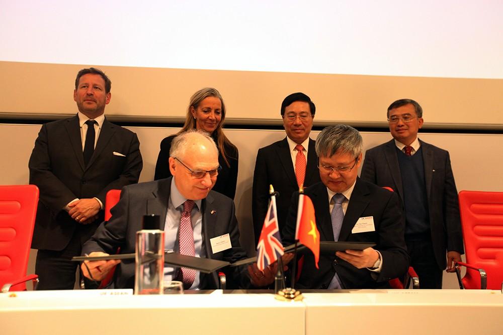 Việt Nam luôn rộng cửa chào đón các nhà đầu tư Anh - ảnh 2