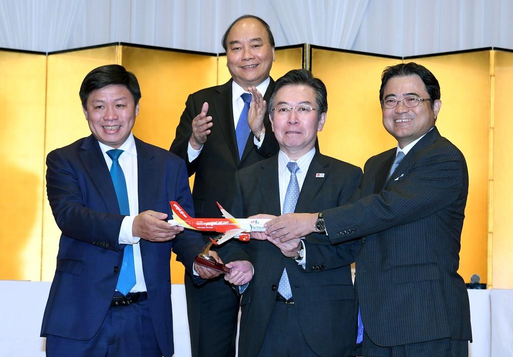 Thủ tướng Chính phủ  Nguyễn Xuân Phúc chứng kiến khai trương thương mại 3 đường bay từ Việt Nam đến Nhật Bản