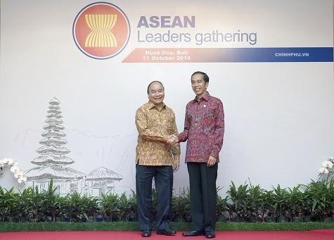 Thủ tướng đề nghị IMF, WB tư vấn xây dựng cơ chế cảnh báo rủi ro kinh tế vĩ mô cho ASEAN - ảnh 1