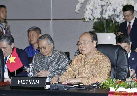 Thủ tướng đề nghị IMF, WB tư vấn xây dựng cơ chế cảnh báo rủi ro kinh tế vĩ mô cho ASEAN - ảnh 2