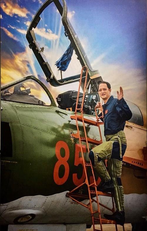 Đấu giá 32 giò lan của phi công Khuất Mạnh Trí thu được trên 400 triệu đồng - ảnh 1