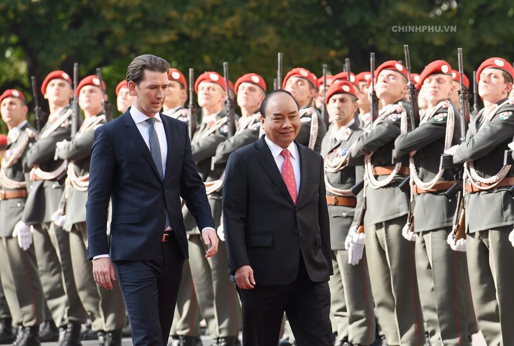 Chùm ảnh: Thủ tướng Cộng hòa Áo đón và hội đàm với Thủ tướng Nguyễn Xuân Phúc - ảnh 5