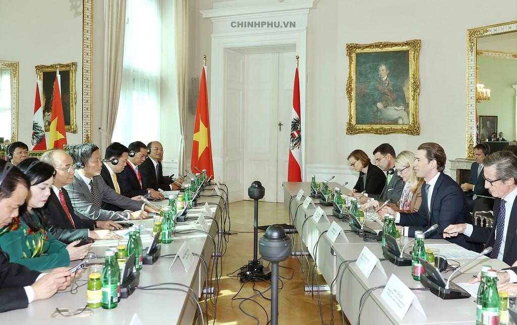 Chùm ảnh: Thủ tướng Cộng hòa Áo đón và hội đàm với Thủ tướng Nguyễn Xuân Phúc - ảnh 7