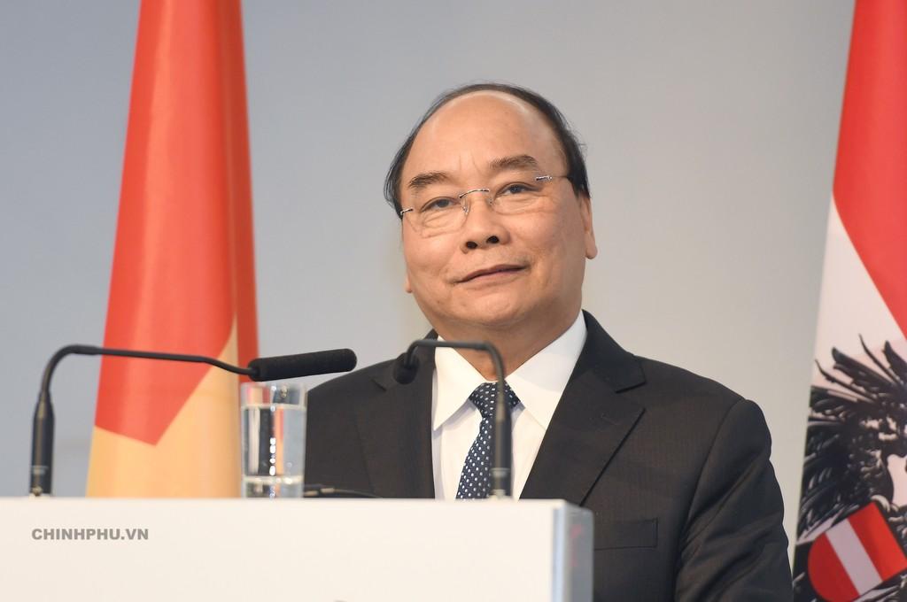 Thủ tướng phát biểu tại Diễn đàn Doanh nghiệp Việt Nam-Áo. Ảnh: VGP