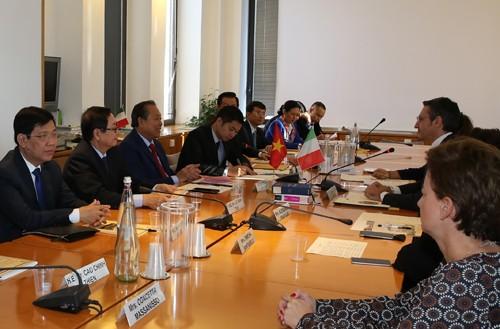 Phó Thủ tướng làm việc tại Hội đồng Tư pháp quốc gia Italy - ảnh 1