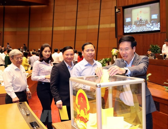 Hình ảnh các đại biểu Quốc hội bỏ phiếu bầu Chủ tịch nước - ảnh 7