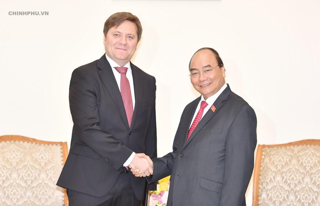 Thủ tướng Nguyễn Xuân Phúc tiếp Đại sứ Ba Lan tại Việt Nam, ông Wojciech Gerwel đến chào xã giao. Ảnh: VGP