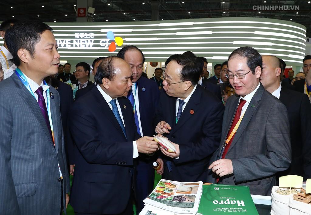 Thủ tướng dự Lễ khai mạc Hội chợ CIIE và Diễn đàn kinh tế thương mại quốc tế Hồng Kiều - ảnh 7