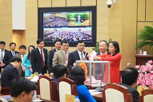 Hà Nội sẽ lấy phiếu tín nhiệm lãnh đạo chủ chốt vào đầu tháng 12 tới