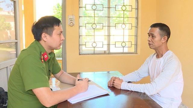 Đối tượng Nguyễn Văn Thoan tại cơ quan điều tra (Ảnh: Conganhungyen)
