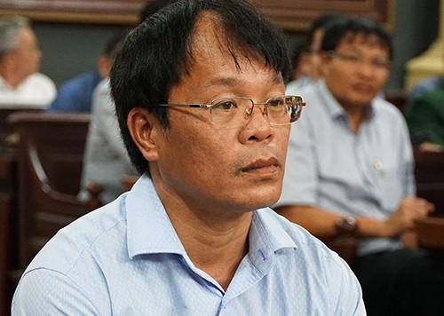 Hai cựu giám đốc lĩnh 3 năm tù treo vì tàu chìm ở Cần Giờ - ảnh 1