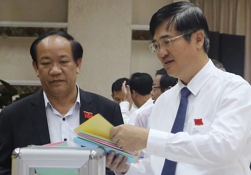 Chủ tịch tỉnh Quảng Nam không có phiếu tín nhiệm thấp - ảnh 1