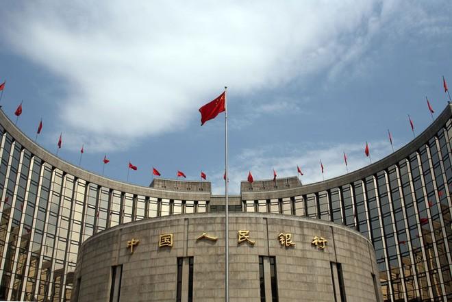 Trung Quốc bơm tiền kỷ lục nhằm hạ nhiệt thị trường