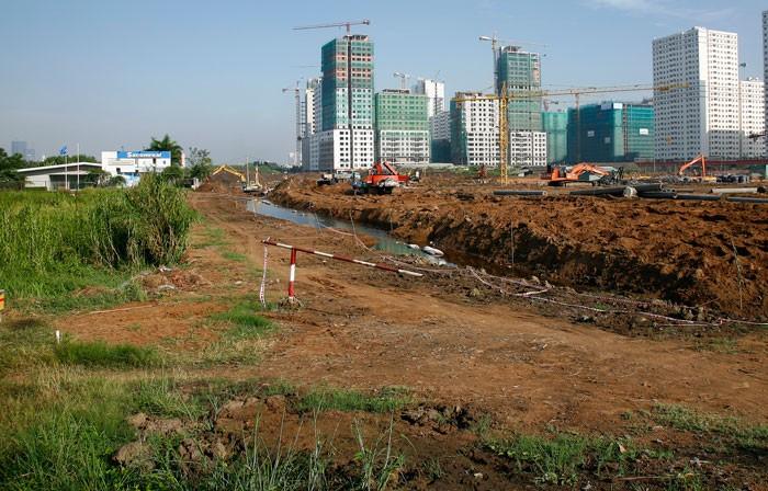 Nhu cầu mua đất nền ở TP.HCM rất lớn. Ảnh: Tất Tiên