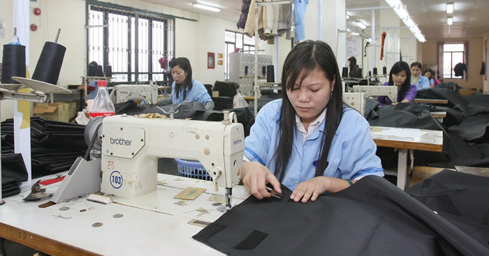 Để nâng cao sức cạnh tranh, doanh nghiệp trong nước phải liên kết, hợp tác với nhau. Ảnh: Tường Lâm