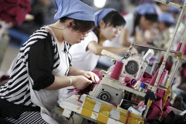 Dân số trong độ tuổi lao động của Trung Quốc đã đạt đỉnh - Ảnh: EPA/Financial Times.