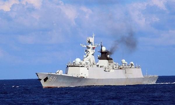 Một tàu chiến Trung Quốc tham gia diễn tập trái phép gần quần đảo Hoàng Sa của Việt Nam trong thời gian từ ngày 5 đến 11/7. Ảnh:Xinhua