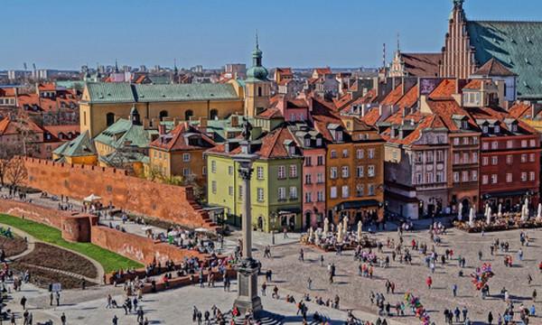 Các nhà đầu tư nước ngoài liên tục rót vốn vào bất động sản thương mại Ba Lan trong 12 tháng qua, tổng lượng đầu tư trong quý II/2016 đang tiệm cận mức kỷ lục của năm 2007. Ảnh: Blogdulich