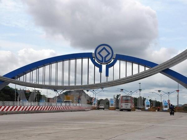Trạm thu phí Đại Yên đoạn Uông Bí-Hạ Long trên Quốc lộ 18. (Ảnh: Văn Đức/Vietnam+)