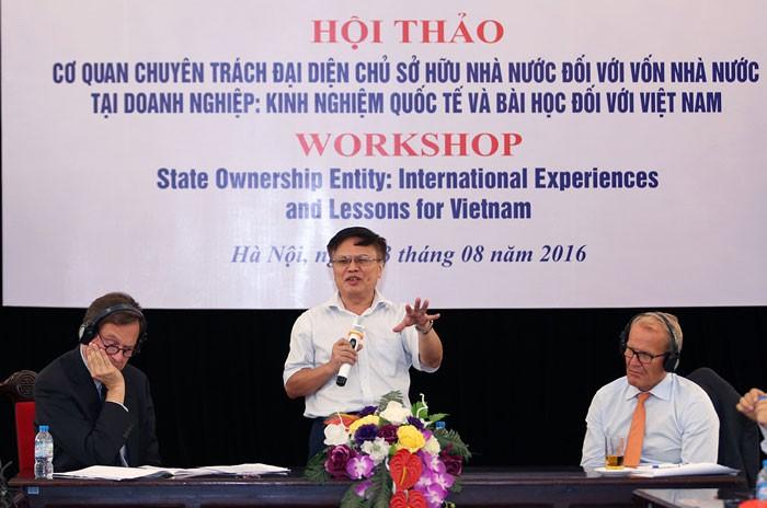 """Hội thảo """"Cơ quan chuyên trách đại diện chủ sở hữu nhà nước đối với vốn nhà nước tại doanh nghiệp"""" tổ chức chiều ngày 23/8 tại Hà Nội. Ảnh: Đức Trung"""