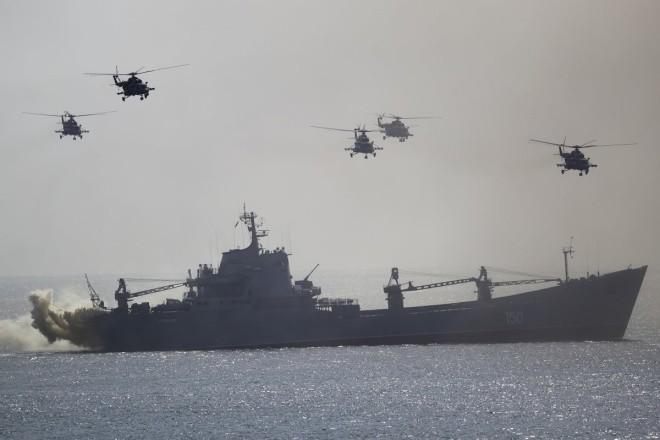 Cuộc tập trận phô diễn sức mạnh của Nga ở Crimea - ảnh 1