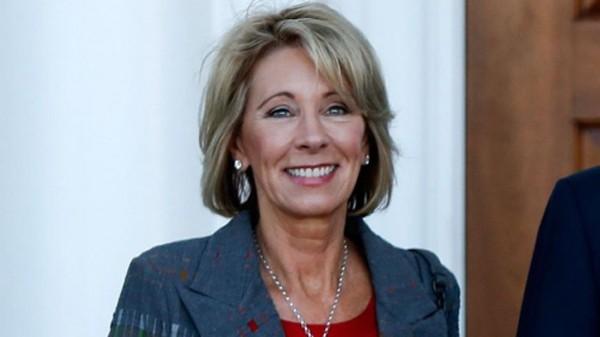 Bà Betsy DeVos, tân Bộ trưởng Giáo dục Mỹ. Ảnh:AP