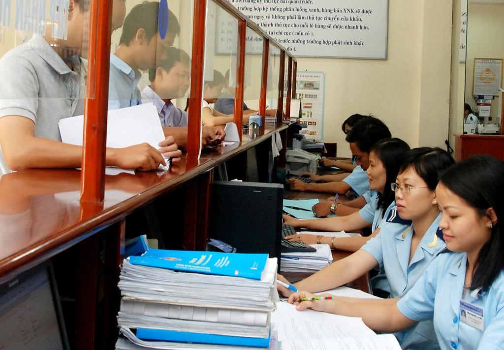 Trong năm 2016 Bộ Công Thương đã bãi bỏ, đơn giản hoá 39 thủ tục hành chính. Ảnh: Nguyễn Long