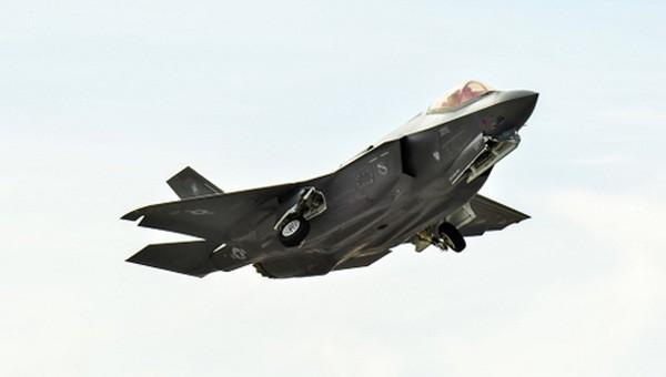 Thành tích diệt 15 máy bay địch khi tập trận của F-35 gây tranh cãi - ảnh 1
