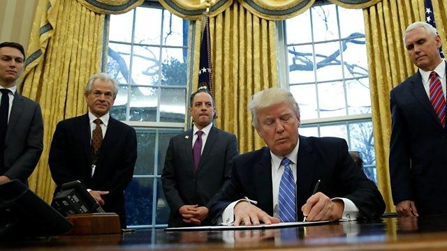 30 ngày đầu tiên làm tổng thống của tỷ phú Trump - ảnh 3