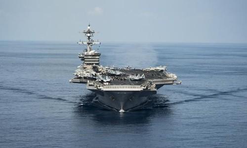 Tàu sân bay USS Carl Vinson của Mỹ. Ảnh:Reuters