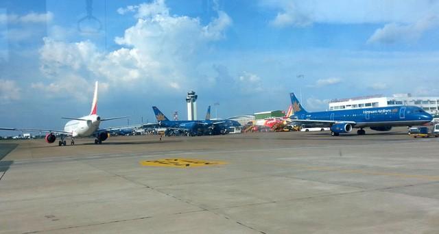 Sân bay Tân Sơn Nhất đang quá tải nghiêm trọng