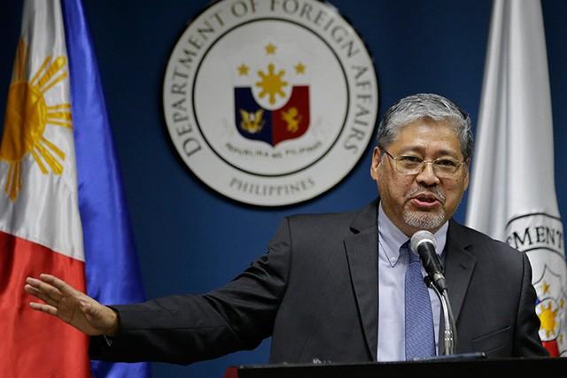 Quyền Ngoại trưởng Philippines Enrique Manalo (Ảnh: Philstar)